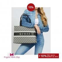 Sei alla ricerca di una borsa modello Shopper versatile, comoda e stilosa?🌟 Allora il nuovo modello by #Guess è perfetto per te!👜😍  Scopri i saldi su tutti gli accessori dei migliori brand su ➡ www.progettomodashop.it 🛒🛍 Per te il 15% di sconto +10% se sei un nuovo iscritto!🛒  #progettomodashop #borsadonna  #saldi2021 #shoppingonline